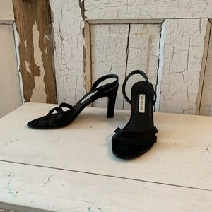Ann Taylor black high heel sandals Size 7 Italy
